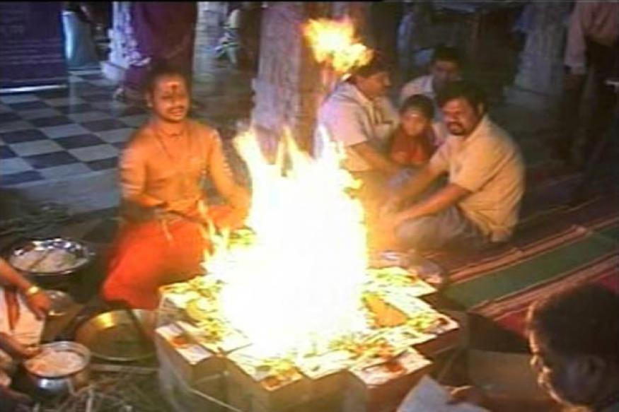 Priests, staff of 18,000 Andhra temples go on strike