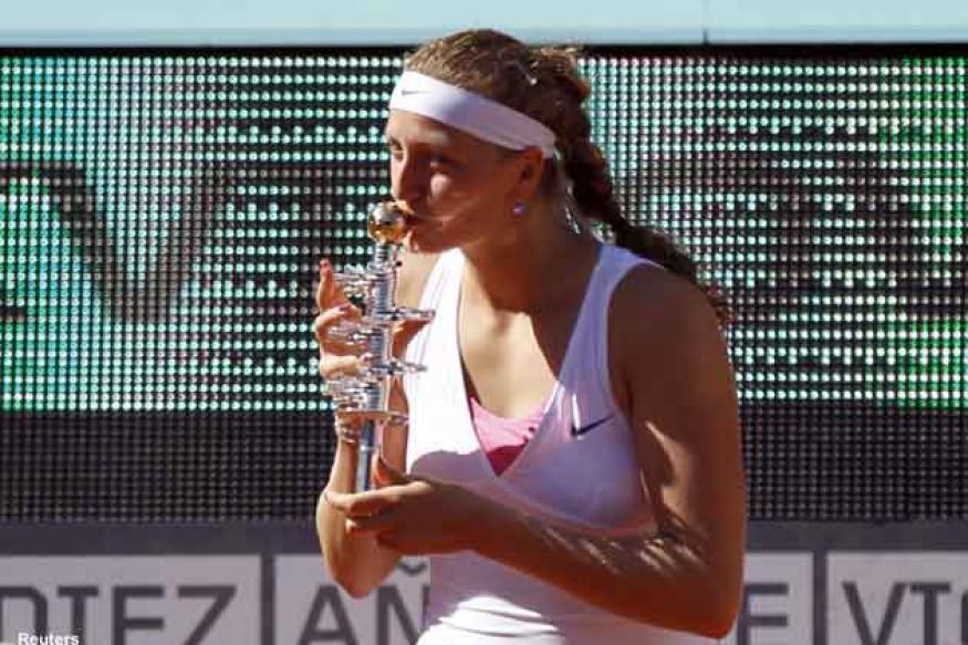 Kvitova rises to fifth, Federer remains No. 1