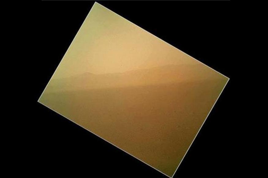 NASA's Curiosity rover sends colour photo from Mars
