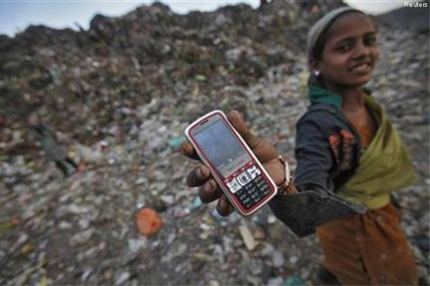 Rajasthan panchayat bans use of mobile by girls