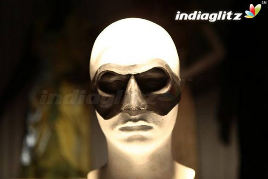 Mugamoodi: Specially designed vacuum mask for Jiiva