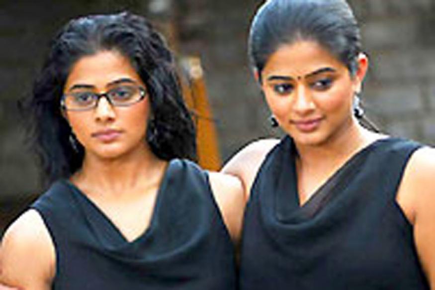 Priyamani to play conjoined twins in 'Charulatha'