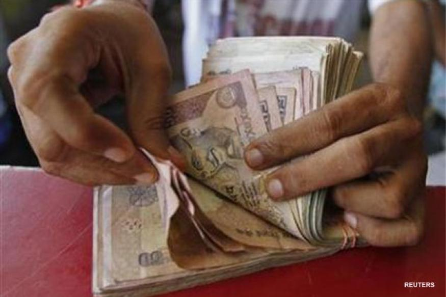 Rupee falls to one-week low vs dollar