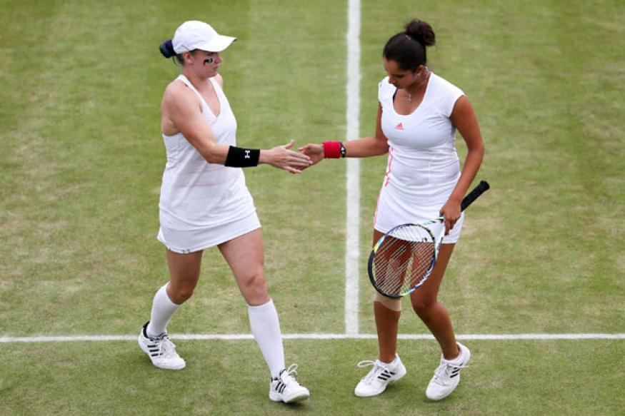 Sania-Bethanie advance in Rogers Cup