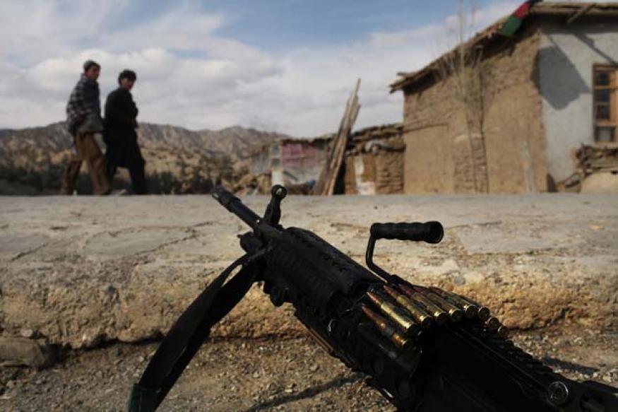 Taliban militants behead 12 Pakistani soldiers