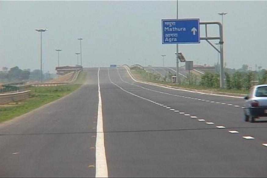 UP: Mishap on Yamuna Expressway, one dead