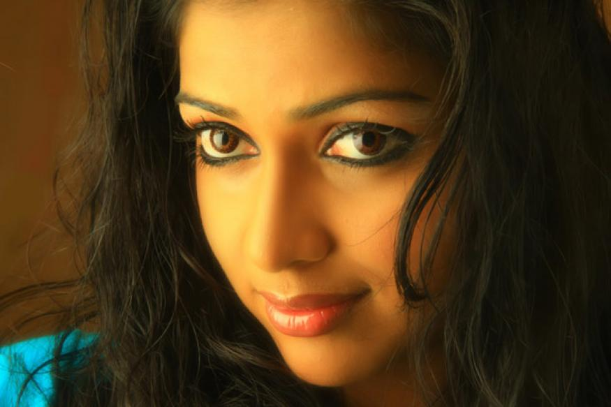 Amala takes dance lessons from Gayathri Raguram