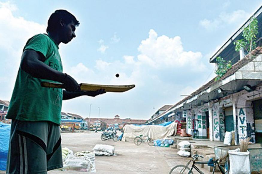 Chennai bandh: Labourers feel the pinch