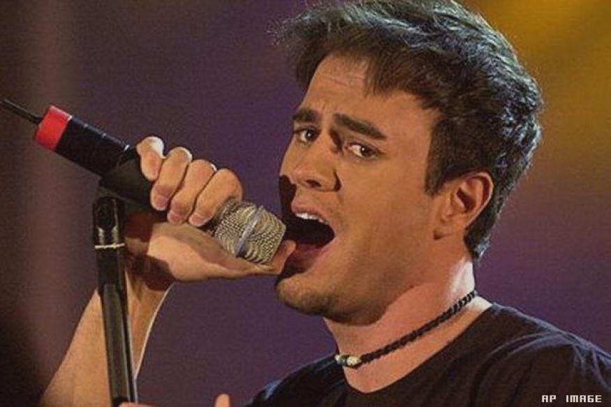 Enrique Iglesias to tour India this October