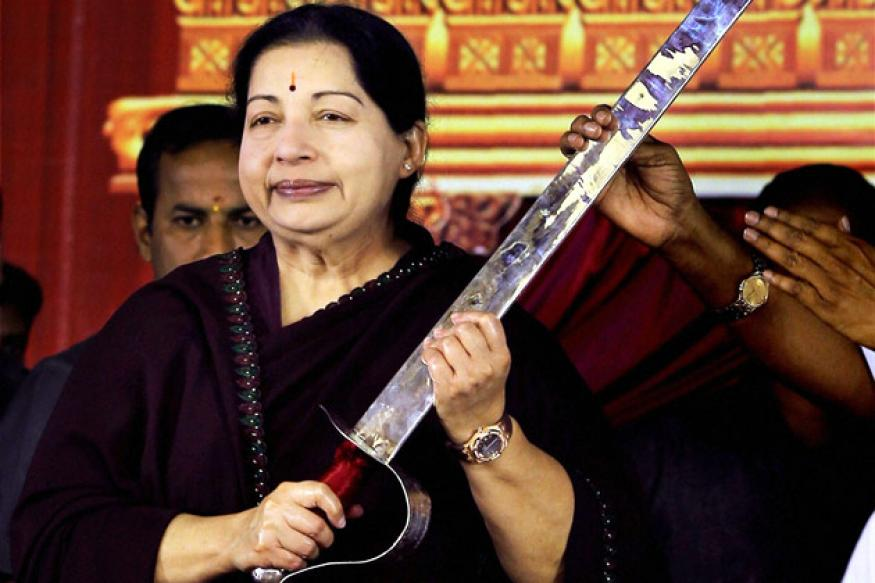 Jayalalithaa demands rollback of train fare hike