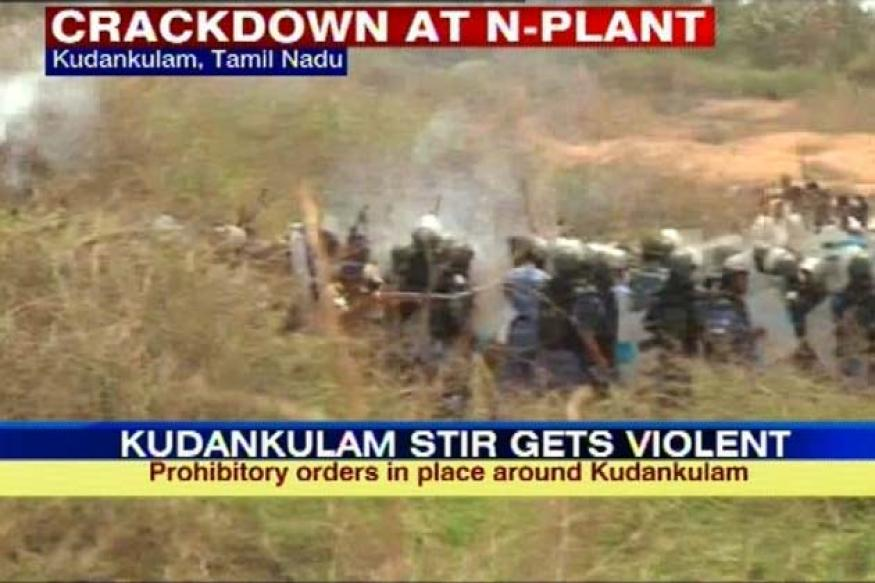 Kudankulam: Police lob tear gas, chase away protesters