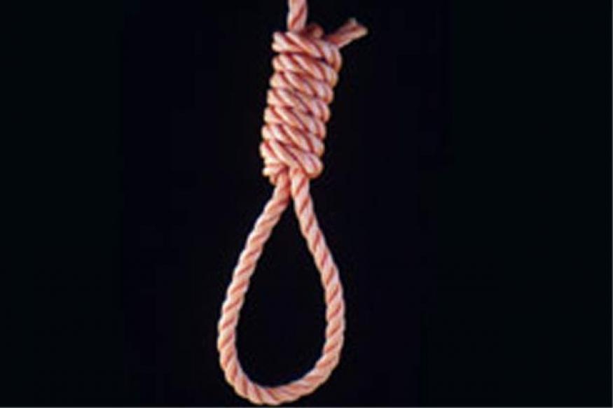 Tirupati: Student hangs himself in hostel