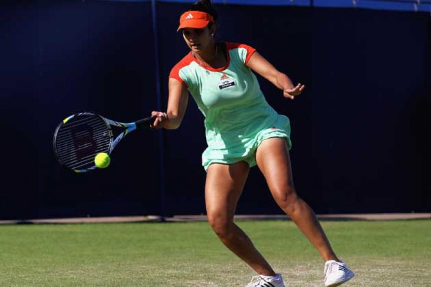 Sania-Bethanie ease into US Open Round 3