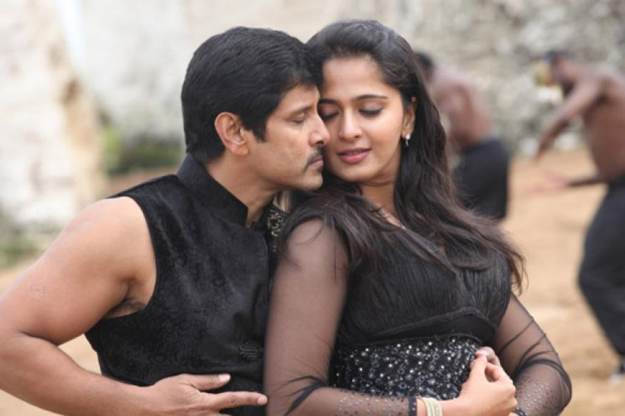 Tamil Review: Vikram completes 'Thaandavam'