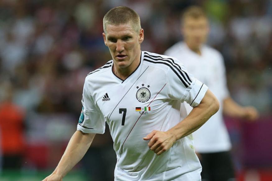 Bastian Schweinsteiger returns to Germany squad