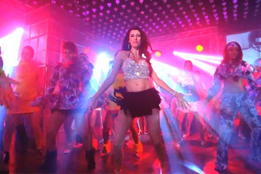 Khiladi 786: Watch the 'Balma' song