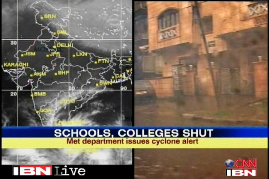 Cyclone Nilam live tweets: Power, communication to be hit