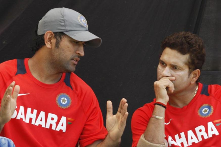 Dhoni, Sachin not to fly Sukhoi at this point: IAF