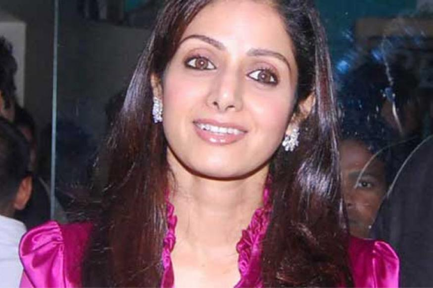 Big B wishes Srivedi good luck for 'English Vinglish'