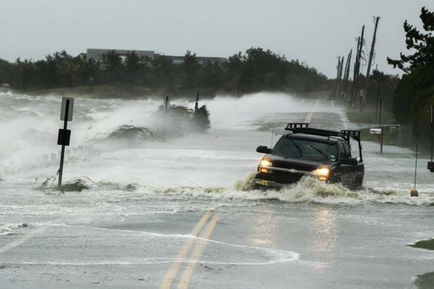 Live tweets: Hurricane Sandy set to unlease its fury on US