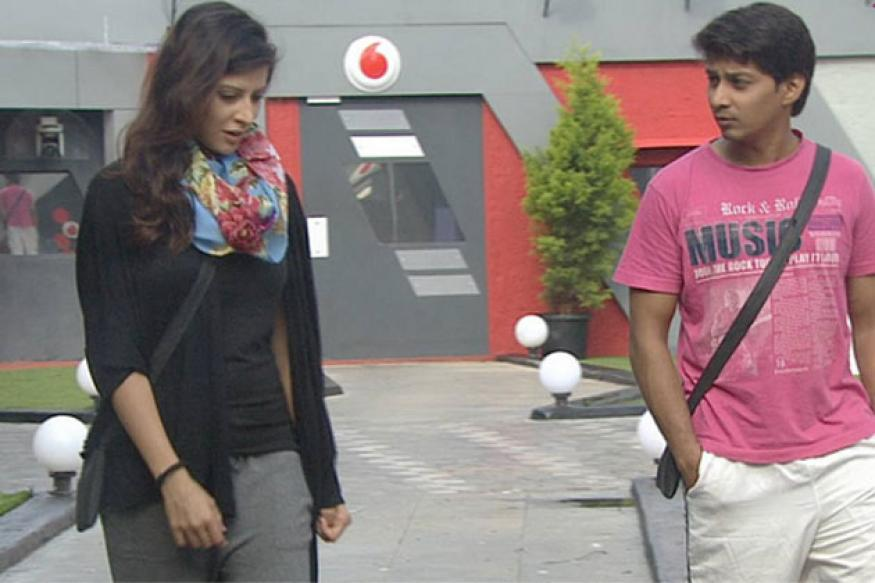 Bigg Boss 6: I came here for money, says Karishma
