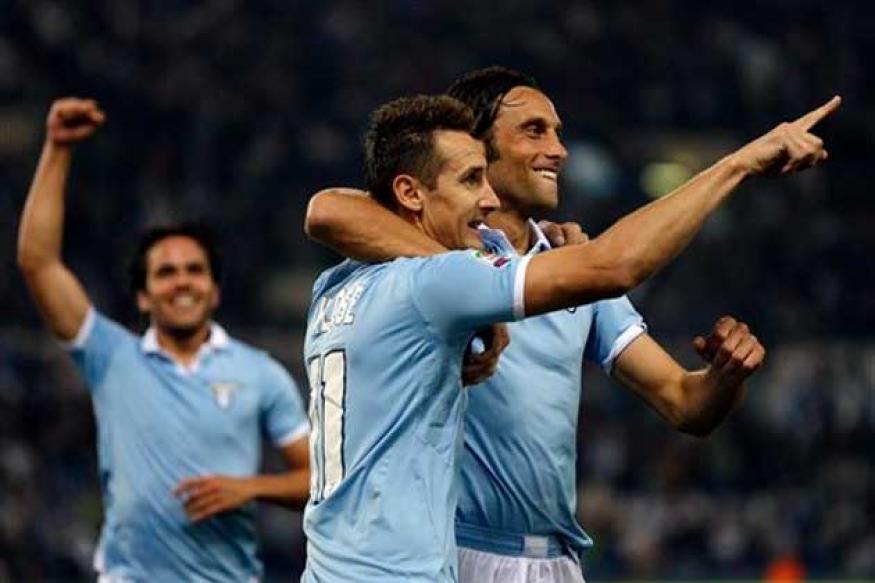 Klose scores as Lazio beat Milan in a thriller