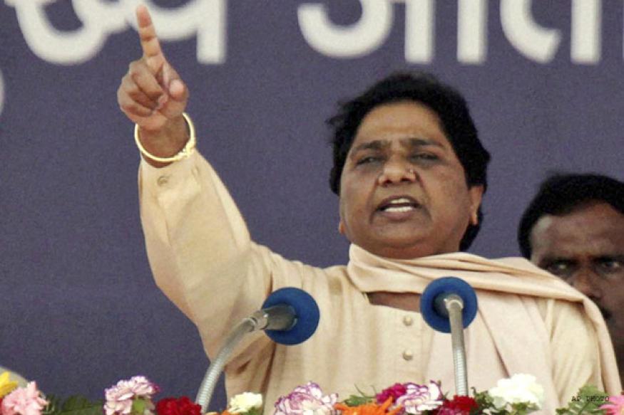 BJP, Cong inclined towards corporate houses: Mayawati