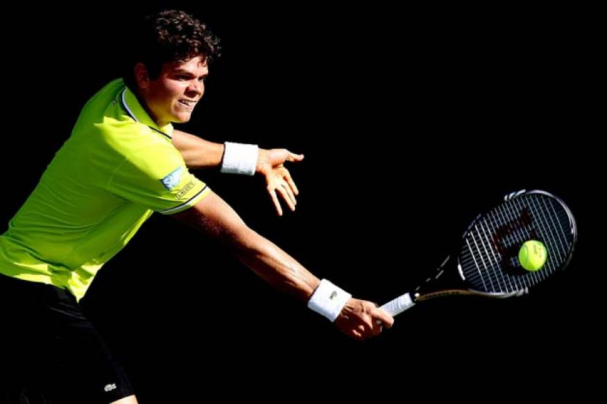 Shock defeats for Raonic, Isner at Valencia Open