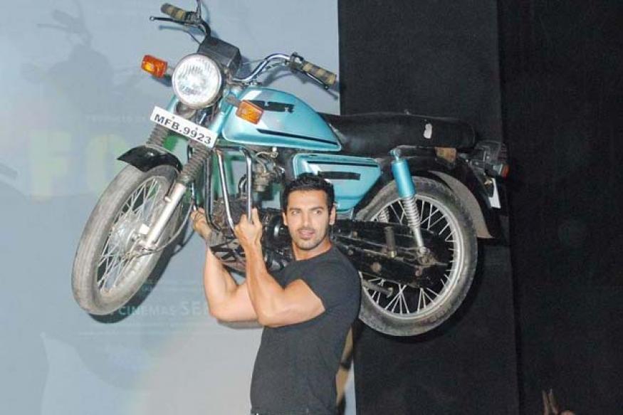 Mahendra Dhoni better biker than me: John Abraham