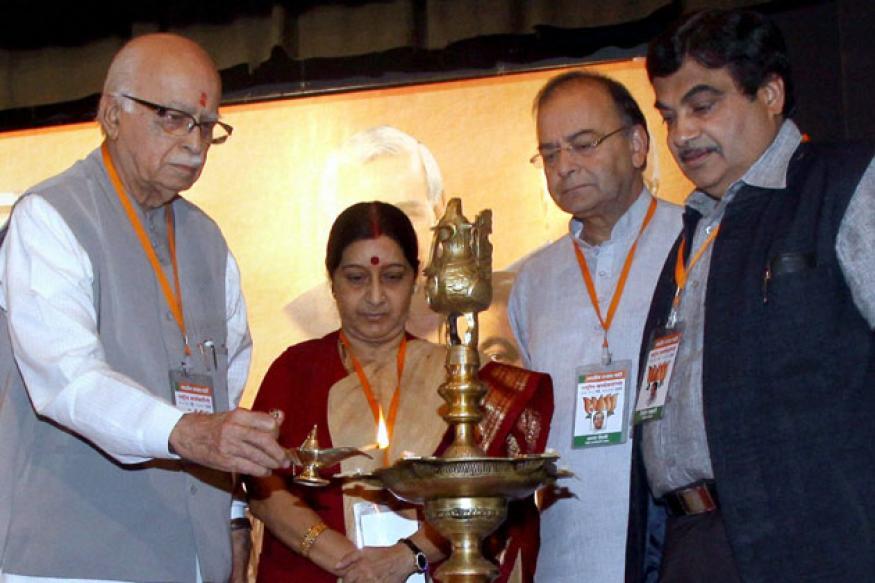 BJP core group meets amidst crisis over Gadkari