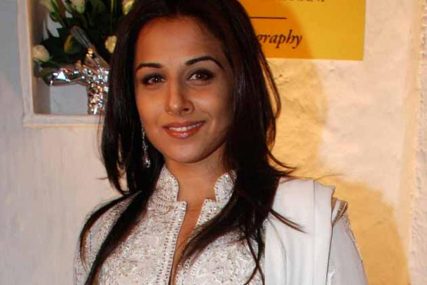 Vidya has the guts to do different films: Waheeda