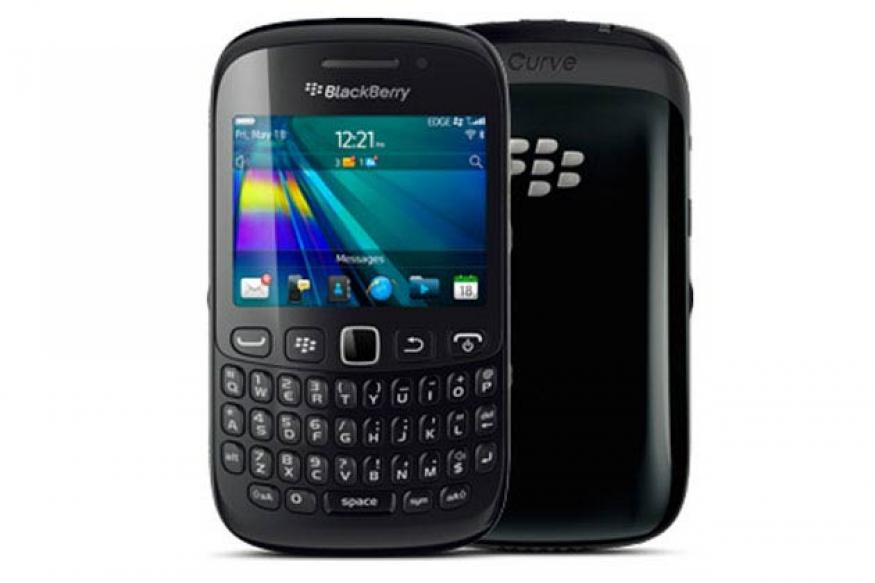 RIM offers BlackBerry Curve 9220, 9320 with free BBM for 1 year