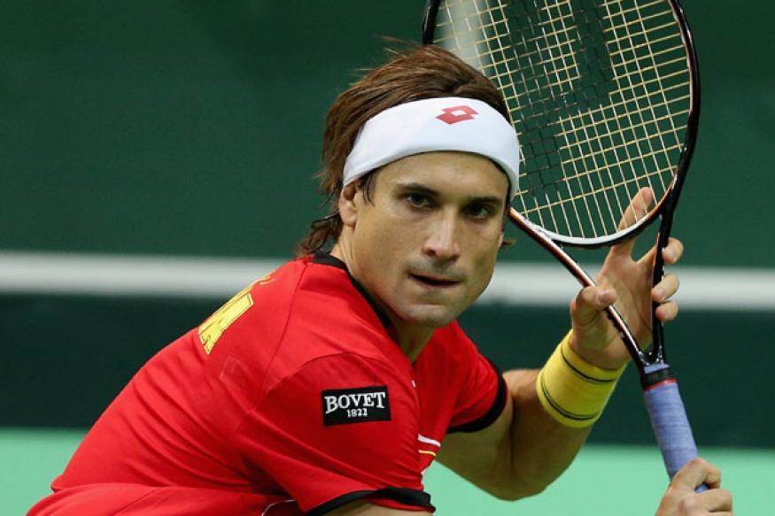 Spain's Ferrer pushes Davis Cup final into last match