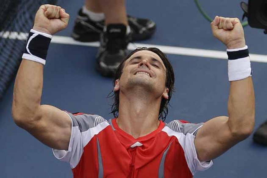 Ferrer takes on Janowicz for Paris Masters title