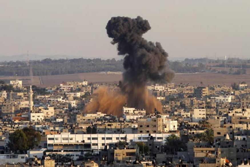 Israel holding fire in Egypt premier's Gaza visit