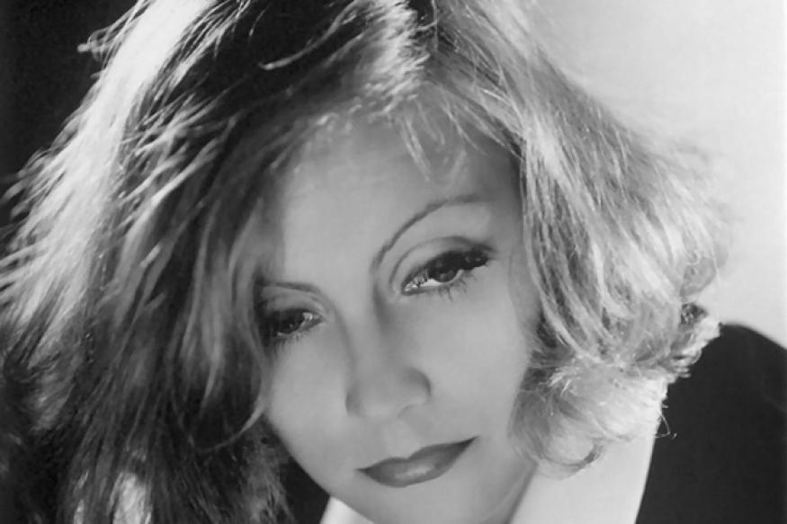 Greta Garbo memorabilia being auctioned at sea