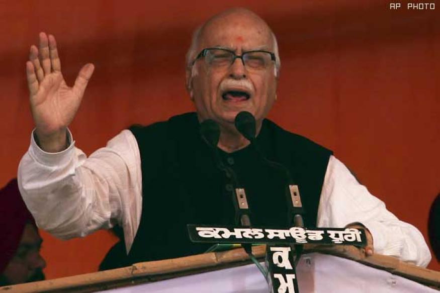 Clean politics most vital for democracy: Advani