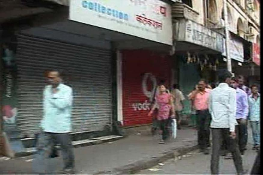 Thackeray dead: Sena, police appeal for peace, shops down shutters