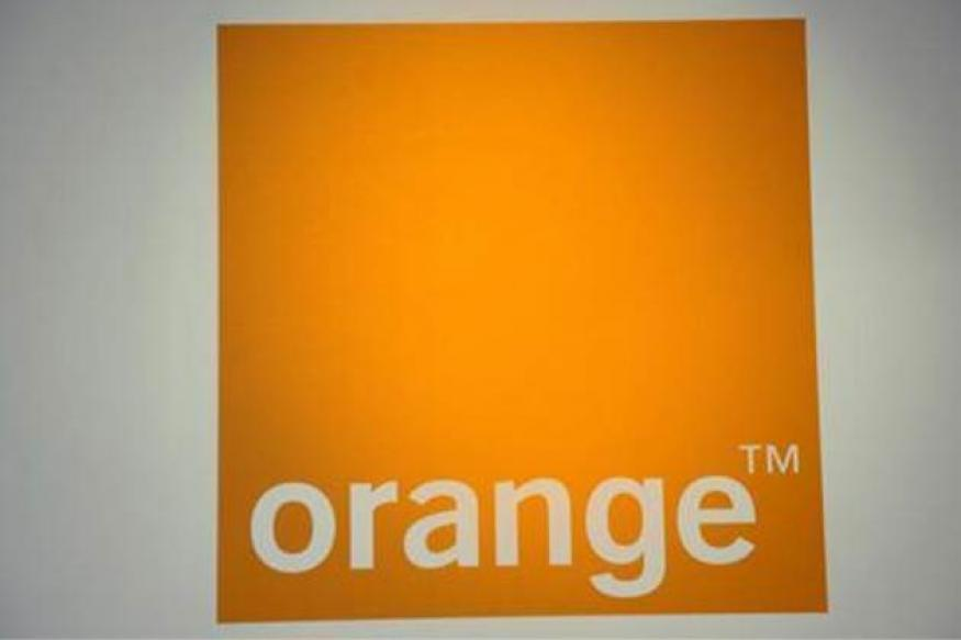 Orange launches smartphone app for free calls, texts