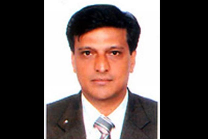 CBI officer probing 2G scam dies