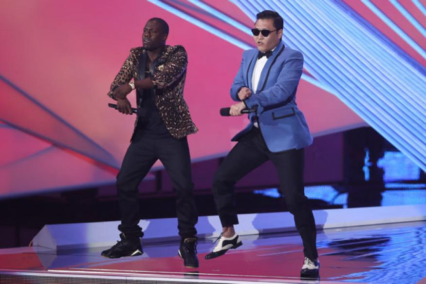 'Gangnam Style' gets Psy the American Music Award