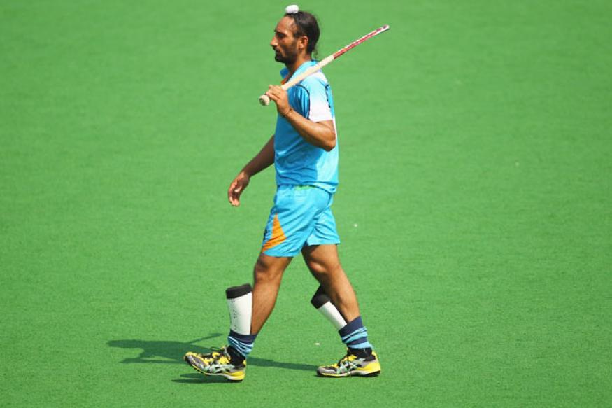 Super 9s hockey: Superior England beat India 2-1