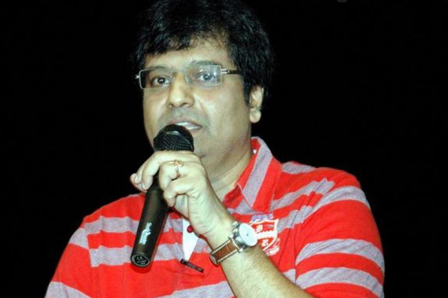 Tamil actor Vivek celebrates his birthday on Nov 19