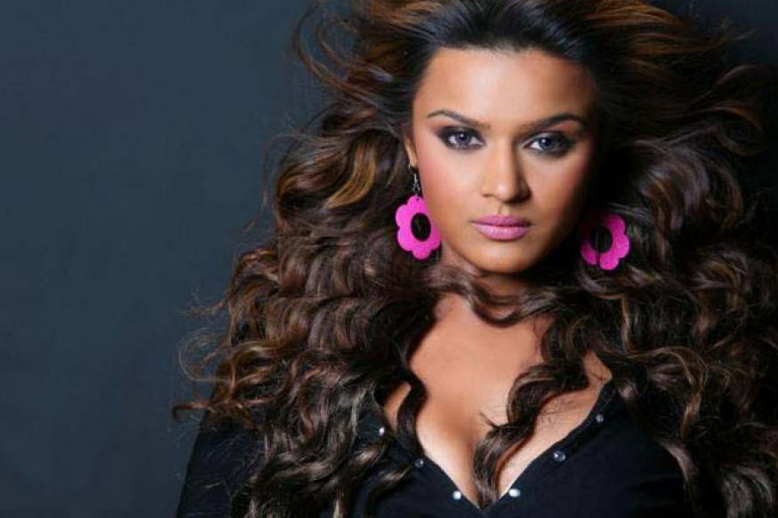 Bigg Boss 6: Aashka Goradia out of the house