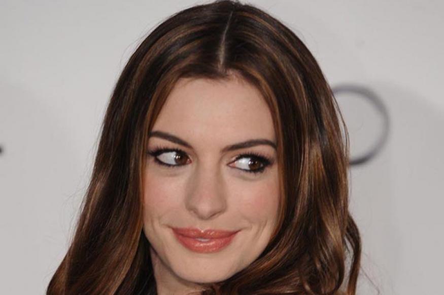 Anne Hathaway finds Shulman's presence disturbing