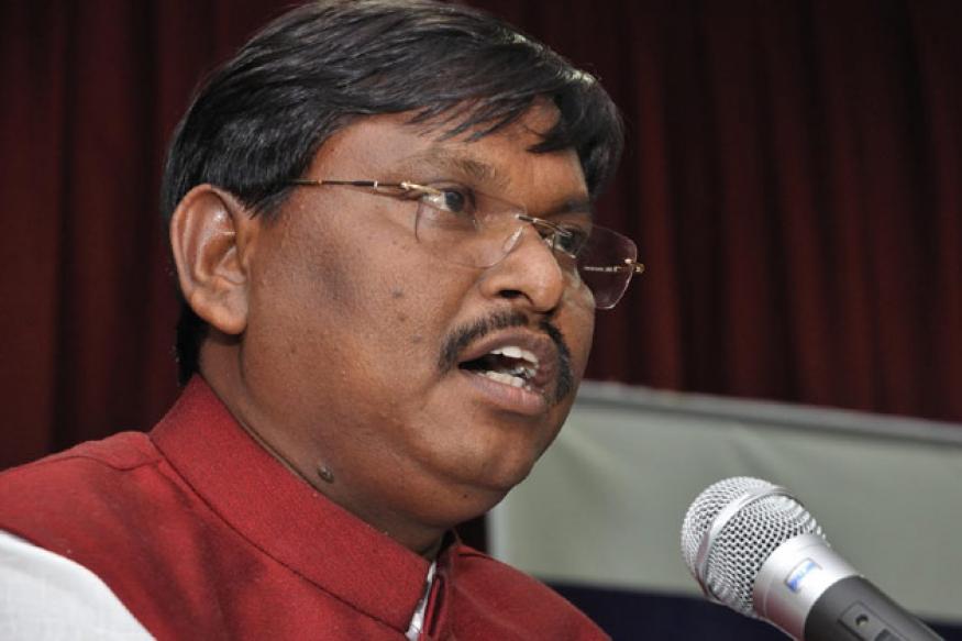 Arjun Munda demands special status for Jharkhand