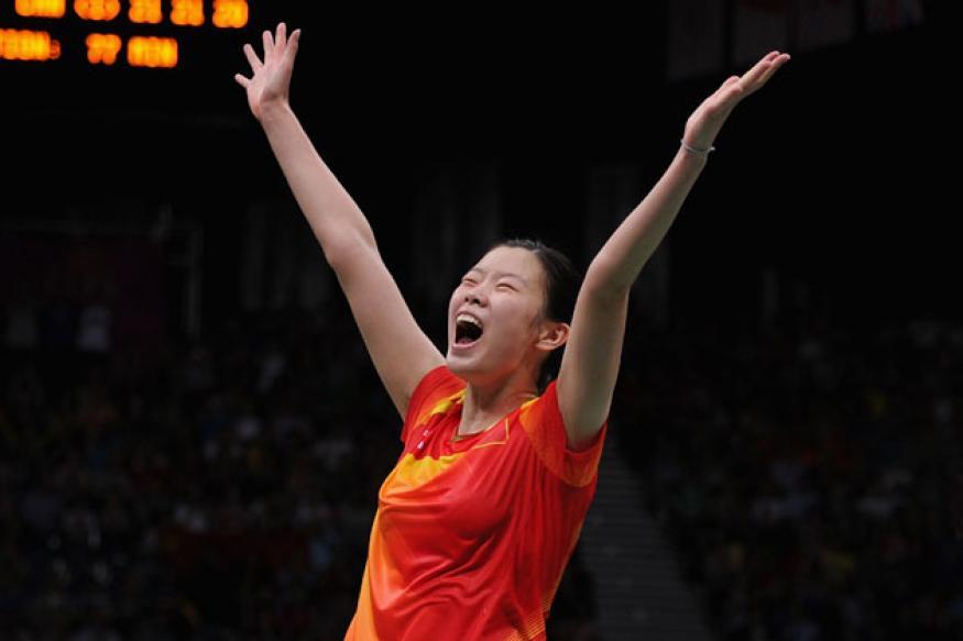 Li Xuerui, Chen Long win Super Series Finals titles