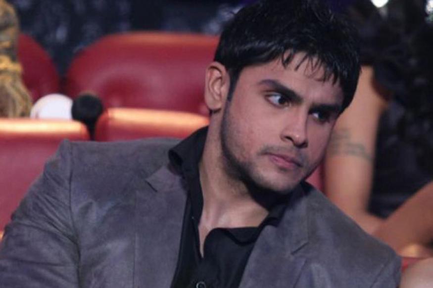 Mahesh Bhatt has been indifferent to me: Rahul Bhatt