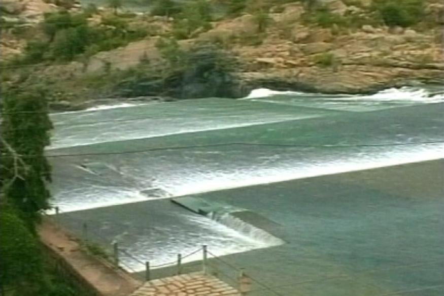 Cauvery water: TN vehicles stop plying to K'taka
