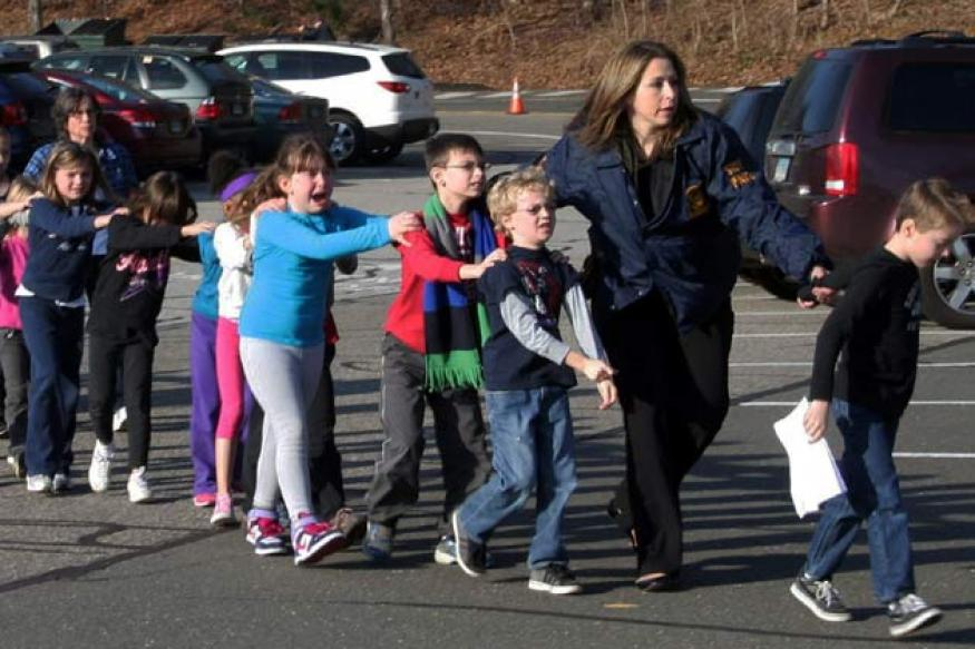 US: 20 children, gunman's mother among 28 dead